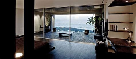 tropical penthouse apartment  mumbai  views
