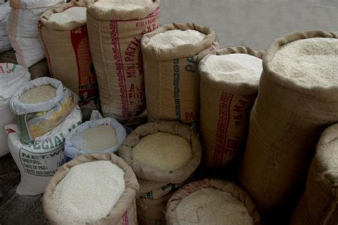 india topples thailand  worlds largest rice exporter