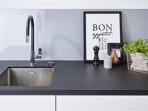 Arbeitsplatte Küche Kunststein kunststeinarbeitsplatten k 252 chenarbeitsplatten aus