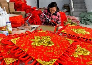 From Food to Decoration: Lunar New Year Preparations Are Und