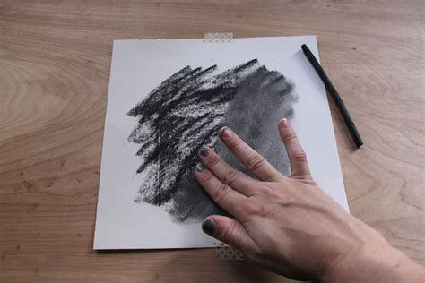 how to use charcoal how to use a kneaded eraser in charcoal drawing