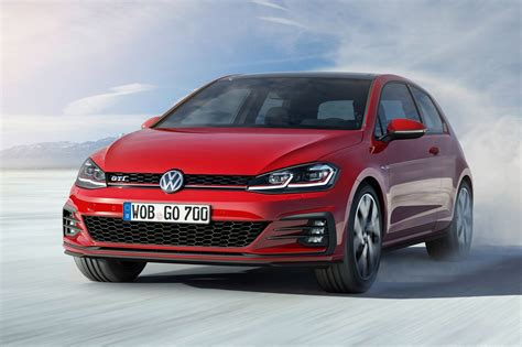 volkswagen golf seven things you need to know about the facelifted 2017 vw
