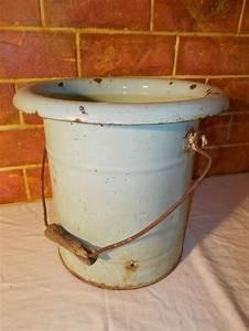 Pot De Chambre Gifi : ancien pot de chambre en m tal maill art populaire ~ Dailycaller-alerts.com Idées de Décoration