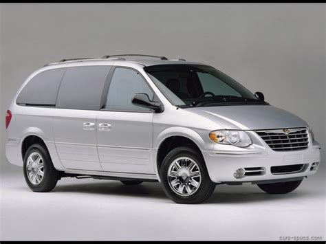 Chrysler Town And Country Length by 2005 Chrysler Town And Country Minivan Specifications