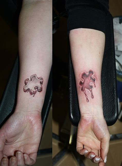 22 Tatuajes con diseños de piezas de puzzles