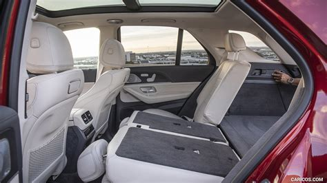 Chrome and aluminum interior accents: 2020 Mercedes-Benz GLE 450 4MATIC (Color: Designo Hyazinth Red Metallic; US-Spec) - Interior ...
