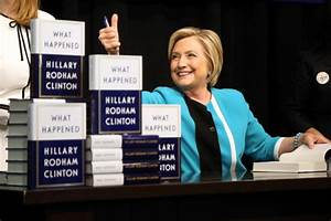 Hillary Clinton fans turn out in hundreds for NYC book ...