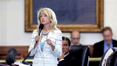 wendy davis announces shes running  texas governor