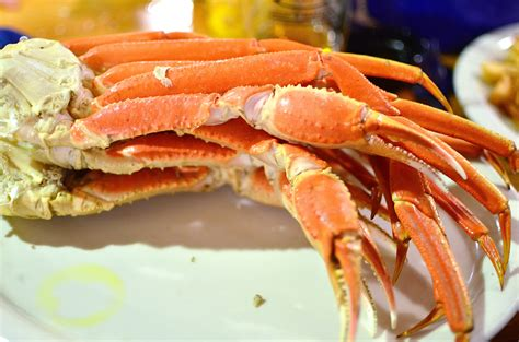 crab legs seafood 171 two fat bellies