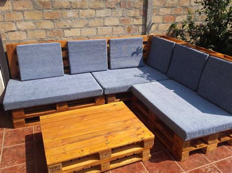 angular euro pallet patio lounge set  pallets