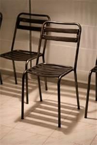 Deco Industrielle Pas Cher : renaud jaylac chaise ancienne style tolix deco industrielle ~ Teatrodelosmanantiales.com Idées de Décoration