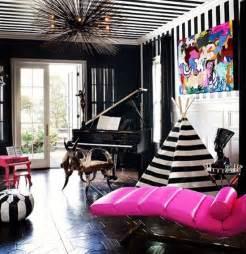 Kourtney Kardashian Home Decor by Kourtney Kardashian Shows Off Remodeled Home
