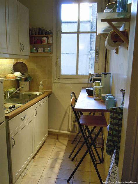 changer les facades d une cuisine aménagement cuisine gain de place transformer