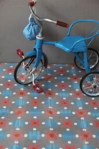 Papier Petit Pan : petit pan et ses carreaux de ciment billie blanket ~ Zukunftsfamilie.com Idées de Décoration