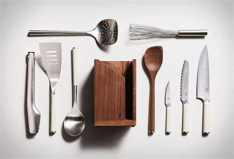 essential kitchen tools iconics kitchen set