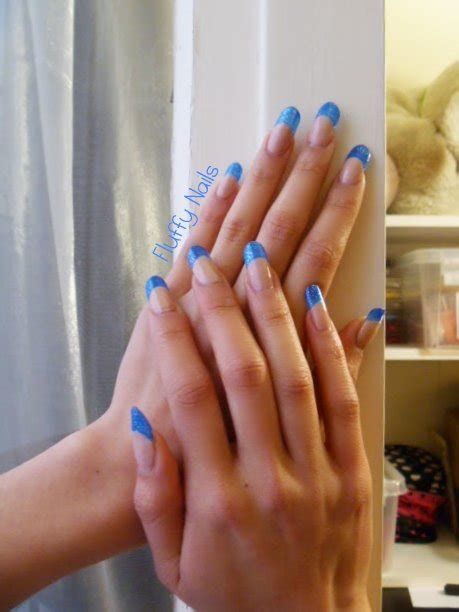 faux ongles couleur fluffy nails vitrail bleu paillet 233 e yes