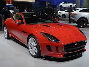 Jaguar F Type Cabriolet : jaguar f type coupe ~ Medecine-chirurgie-esthetiques.com Avis de Voitures