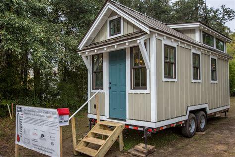 tiny house for flood victims tiny house swoon