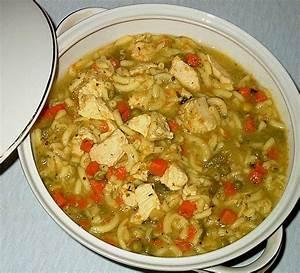 Leckere Rezepte Mit Putenfleisch : gem sesuppe mit nudeln und putenfleisch rezept mit bild ~ Lizthompson.info Haus und Dekorationen