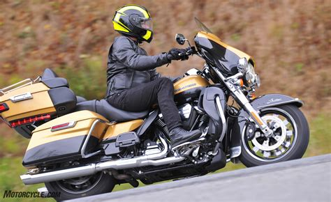 Best Touring Motorcycle Of 2017 - Motorcycle.com 2017 MOBO ...
