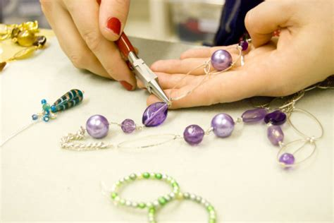 Make Time For Jewellery Making This Christmas Holiday « London Jewellery School Mother Daughter Matching Jewellery Cameo Rings On Ebay Navy And Coral Wedding Jewelry Pandora Bracelet Safety Chain Piercing At Walmart Sorrento Italy Amazon Internally Threaded