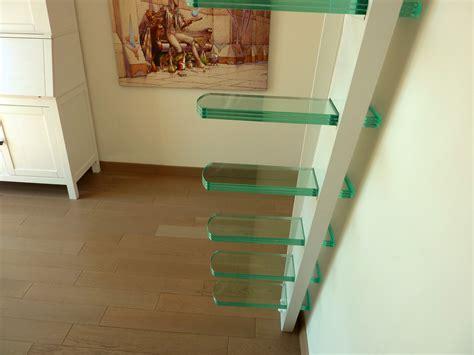 escalier marches suspendues la stylique