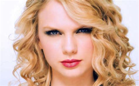 Taylor Swift Cute Hd Wallpapers