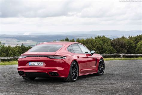 There isn't a dud in the pack, including the base model, which churns out 325 horsepower and starts below $100,000. 2021 Porsche Panamera GTS - Dailyrevs