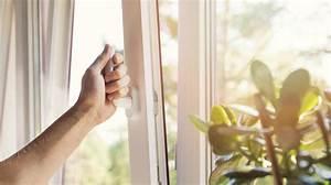 Bei Gewitter Fenster Auf Kipp : darum sollten ihre fenster nicht st ndig auf kipp stehen ~ Buech-reservation.com Haus und Dekorationen