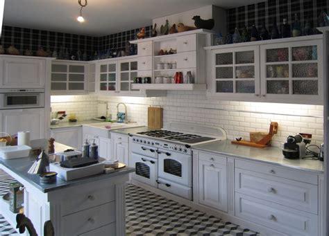 cuisine bois peint meuble en pin standards ou sur mesure le groupe