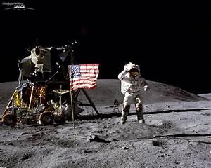 Space: John Young (astronaut) at Apollo 16, desktop ...