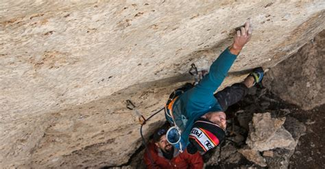 Avoiding Injuries Pockets The Climbing Doctor