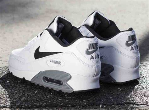 Nike Air Max Grey Black and White