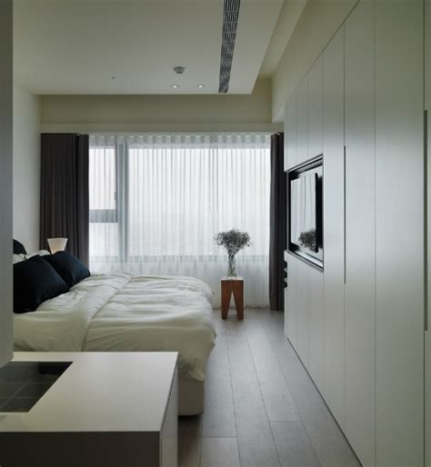 Taiwanese Apartment With Simple Layout And Punchy Palette by Taiwanese Apartment With Simple Layout And Punchy Palette