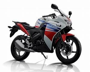 Pilihan Warna 2014 Honda Cbr 150r
