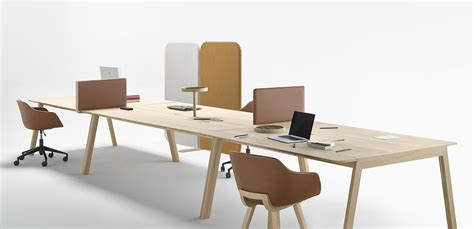 bureau contemporain bois bureau bois design contemporain bureau en bois chene