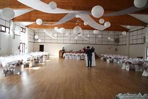 Decoration Salle Mariage Pas Cher : d coration de salle pour mariage pas cher ~ Teatrodelosmanantiales.com Idées de Décoration
