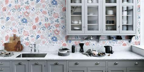papier peint cuisine papier peint dans la cuisine tous nos conseils pour l