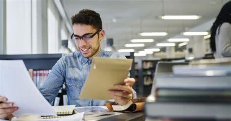 bachelors  journalism programs guide bestcolleges