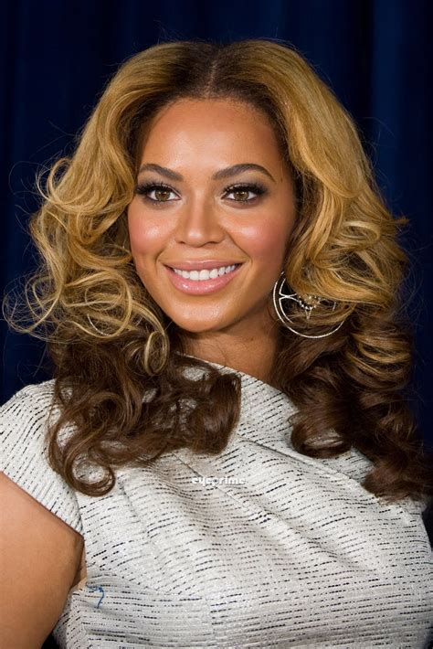 wallpaper world beyonce knowles sexy image  unveiling