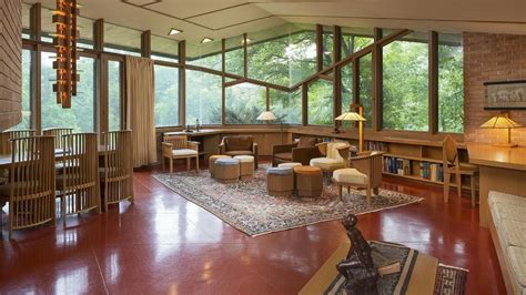 original frank lloyd wright home owners  living