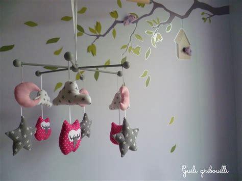 mobile chambre bébé mobile bébé birds hiboux gris mobiles oiseaux et