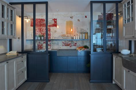 cuisine atelier artiste cuisine esprit atelier finest cuisine variation en chene