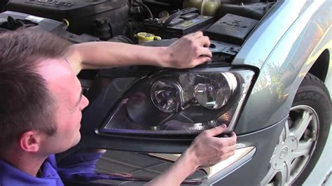 Chrysler Pacifica Headlight Bulb by How To Replace A Pacifica Headlight And Bulb Lightbulb