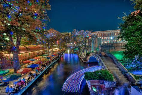 riverwalk san antonio lights light up