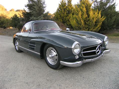 In fact, the bidding war on the gullwing had swollen its value to $1,101,000 by this time. SOLD: 1957 Mercedes-Benz 300 SL Gullwing - Scott Grundfor Company - Classic Collectible Mercedes ...
