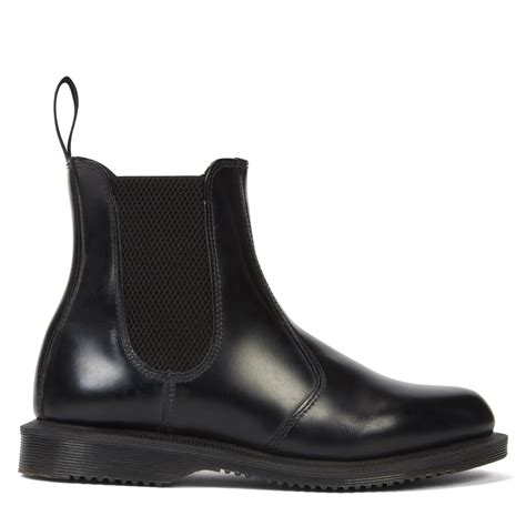Women's Flora Smooth Leather Chelsea Boot in Black ...
