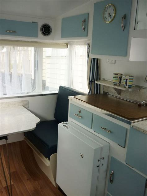 franklin freeway kitchen  diner caravan