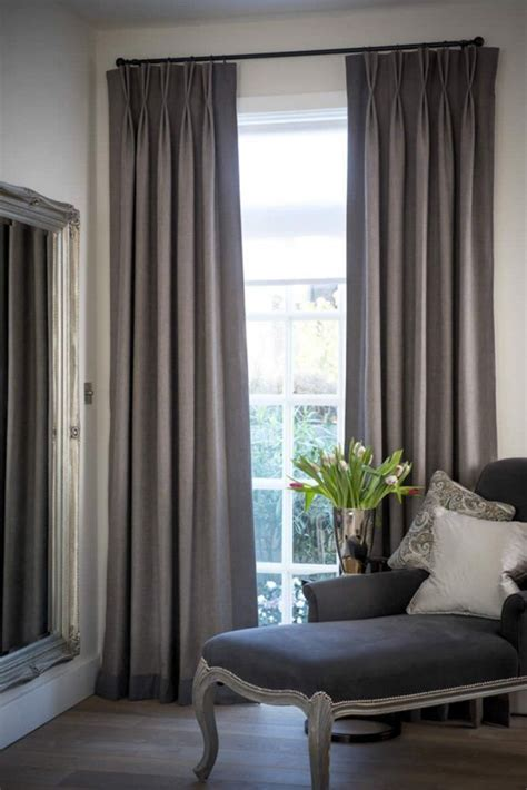 Living Room Curtains And Drapes [peenmedia]