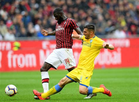 Tiemoue Bakayoko's agent Marco Busiella hands Chelsea ...
